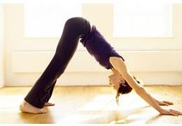 Yoga community class half page flyer-3
